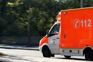 ambulance-970037_960_720